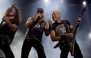 Kavarna Rock 2013: Accept, Thunder, Aria, Черно фередже