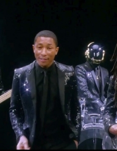 Daft Punk feat. Pharrell Williams & Nile Rodgers – Get Luckyот албум: Random Access Memories