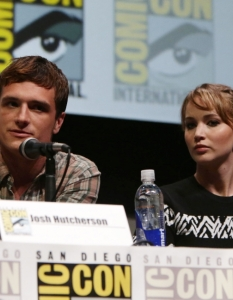 Актьорите от The Hunger Games; Catching Fire на Comic-Con: San Diego 2013 - 9