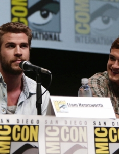 Актьорите от The Hunger Games; Catching Fire на Comic-Con: San Diego 2013 - 10