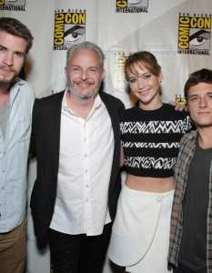 Актьорите от The Hunger Games; Catching Fire на Comic-Con: San Diego 2013 - 1
