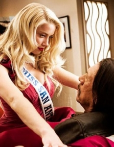 Machete Kills  - 7