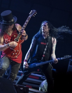 SLASH feat Myles Kennedy and the Conspirators (29 юни 2015) - 9