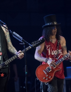 SLASH feat Myles Kennedy and the Conspirators (29 юни 2015) - 10