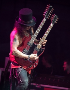 SLASH feat Myles Kennedy and the Conspirators (29 юни 2015) - 12