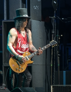 SLASH feat Myles Kennedy and the Conspirators (29 юни 2015) - 13