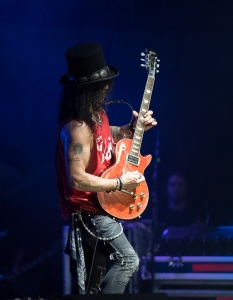 SLASH feat Myles Kennedy and the Conspirators (29 юни 2015) - 1