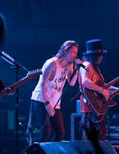 SLASH feat Myles Kennedy and the Conspirators (29 юни 2015) - 21