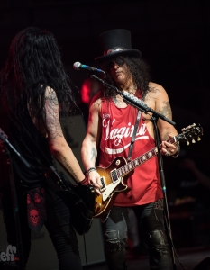 SLASH feat Myles Kennedy and the Conspirators (29 юни 2015) - 30