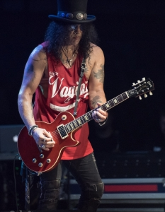 SLASH feat Myles Kennedy and the Conspirators (29 юни 2015) - 6