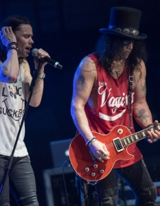 SLASH feat Myles Kennedy and the Conspirators (29 юни 2015) - 7