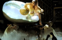 Lady Gaga - Born This Way на Grammy 2011