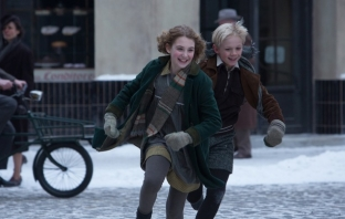 The Book Thief (Official Trailer)