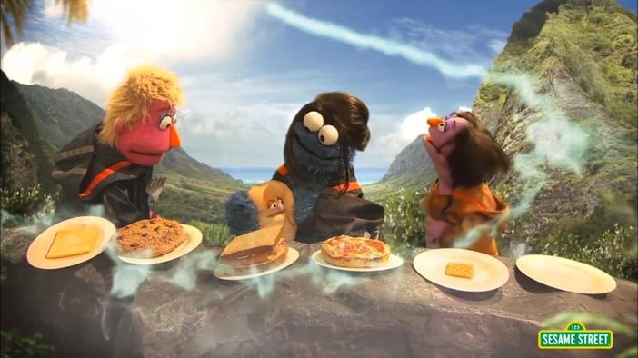 The Hungry Games: Catching Fur (Hunger Games Catching Fire Sesame Street Parody)