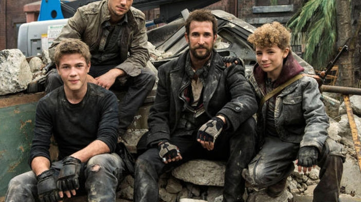 Falling Skies S04 (Official Trailer)