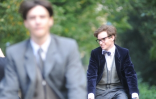 The Theory of Everything (Official Trailer)