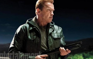 Terminator: Genisys (Official Trailer)