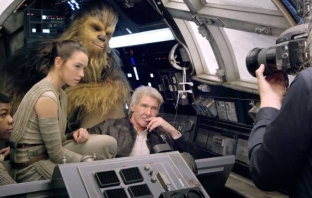 Star Wars: Episode VII - The Force Awakens (Behind the Scenes)