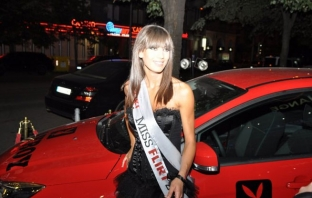Miss Playmate 2011 Меги Колева пред Avtora.com: Ще се боря за кариера в киното