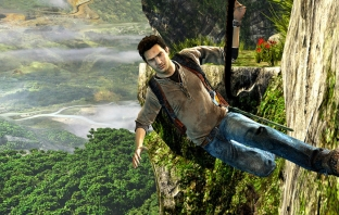 Uncharted: Golden Abyss и FIFA Football за Vita на върха в UK VGC